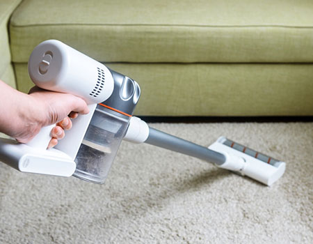 What is a Stick Vacuum Cleaner?   Stick Vacuum Vs. Upright Vacuum: Which Works Best For You?