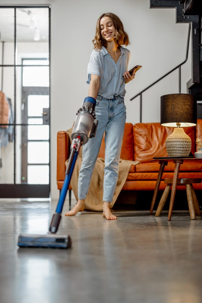 Why BISSELL Icon Pet Pro 2746A Cordless Stick Vacuum Cleaner is Best for you floor